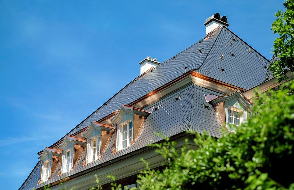les diff rents types de mat riaux de toiture et leur apport esth tique. Black Bedroom Furniture Sets. Home Design Ideas
